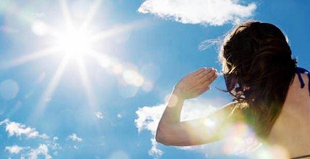 Thâm quầng mắt do ánh nắng mặt trời